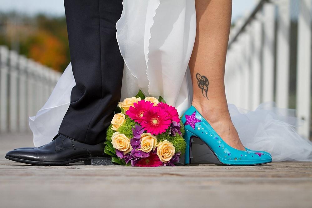 Hochzeitsreportage Brautschuhe blau