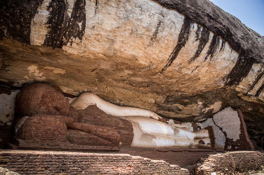 liegender Buddha am Pidurangala Rock