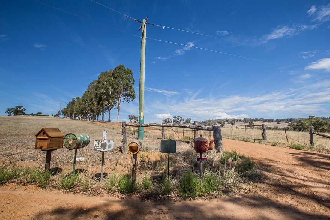 Briefkästen im australischen Outback